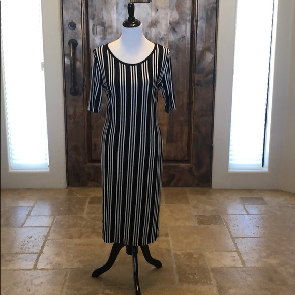 LuLaRoe Dresses & Skirts - Striped LuLaroe dress
